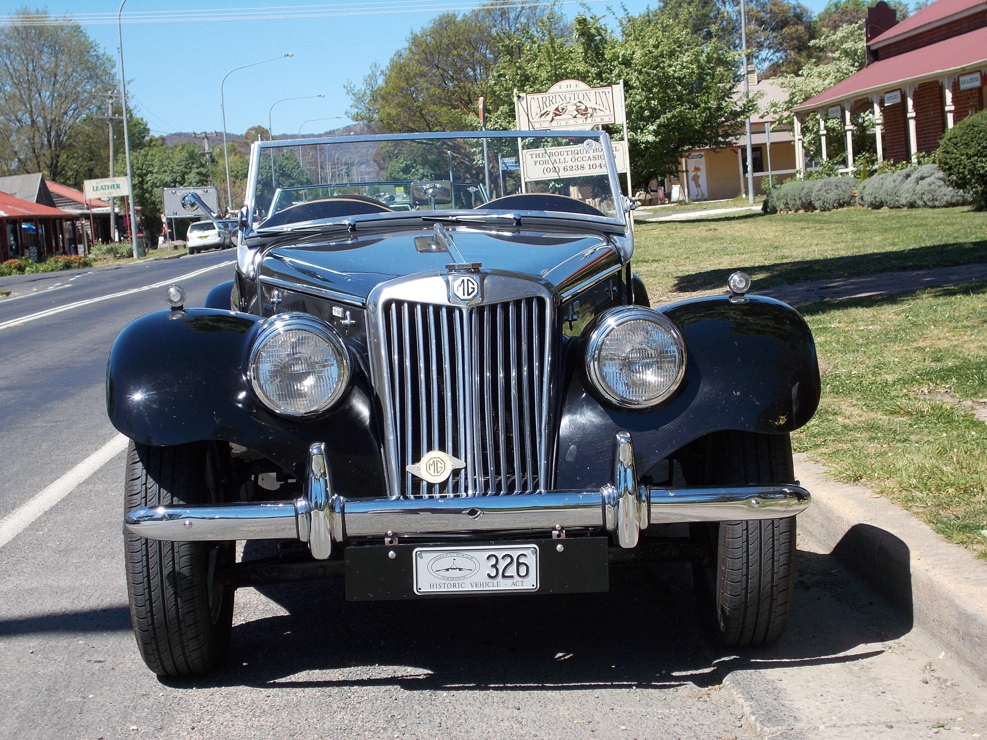 cars we saw in OZ. Canberra 2